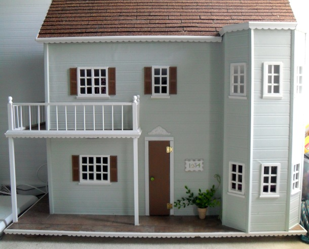 dollhouse, doll house