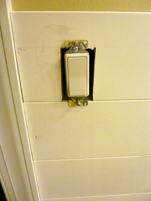plank lightswitch